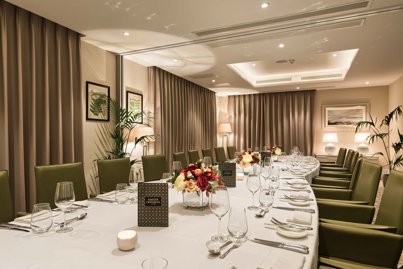 Private dining St Albans Hemel Hempstead Hertfordshire, three private rooms seating up to 50 people are available to entertain friends or business associates